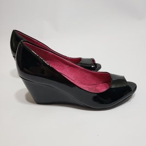 CL by Laundry Black Wedges Peep Toe 8